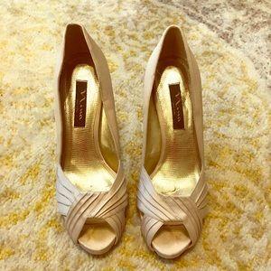 Nina dressy satin heeled pump!
